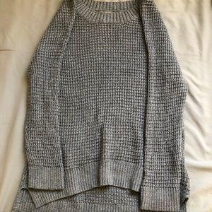 Beautiful gray knit sweater!!!
